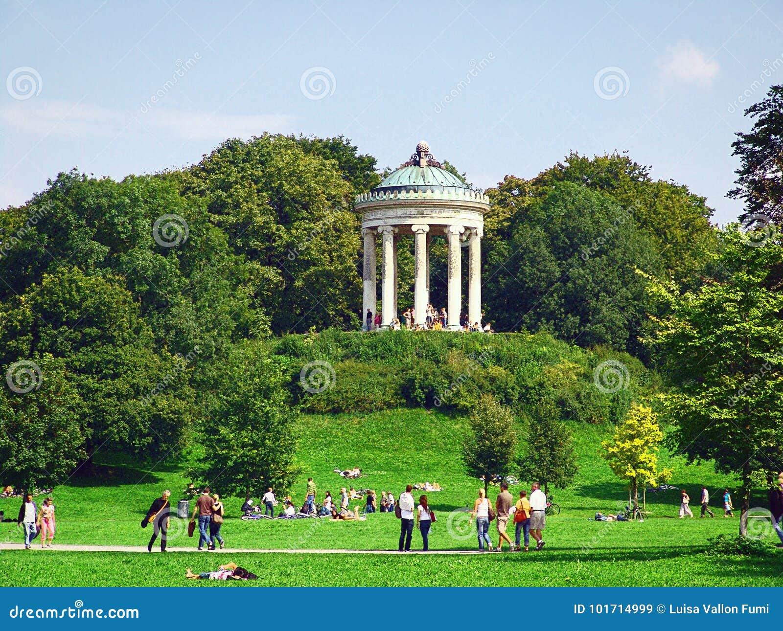 Munich Englischer Garten Editorial Stock Image Image Of Leisure