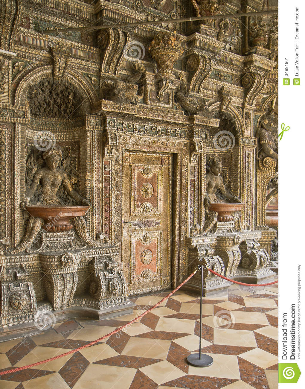 Grotto court, courtyard in Munich Residenz, palace in city center once ...