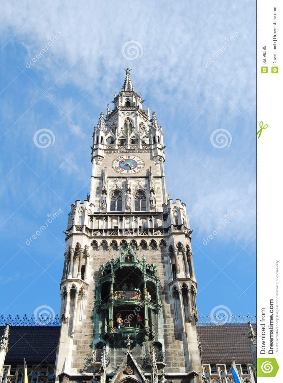 Munich town hall glockenspiel stock photo image 65096585 for Main architectural styles