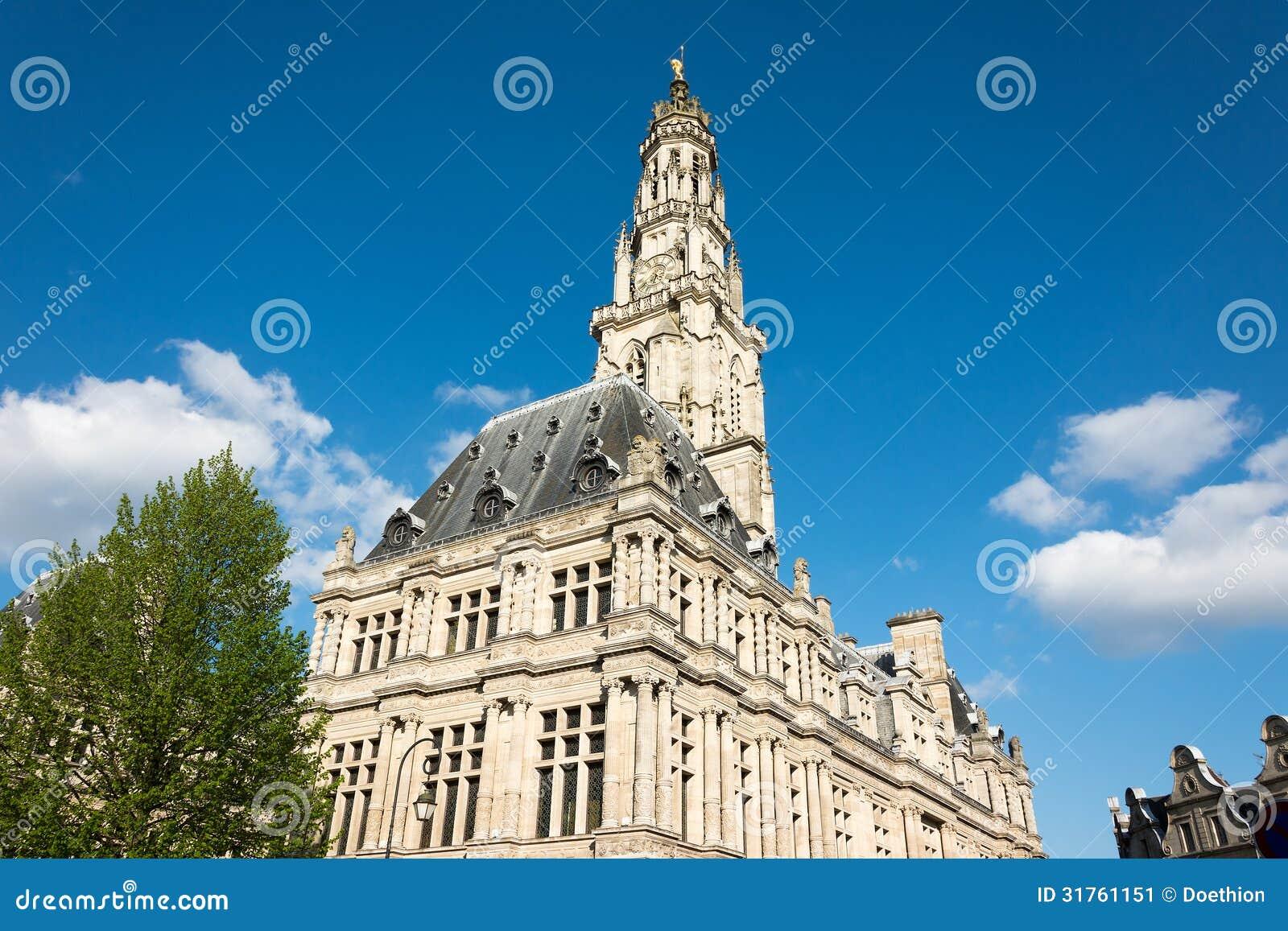 Municipio di arazzo e campanile