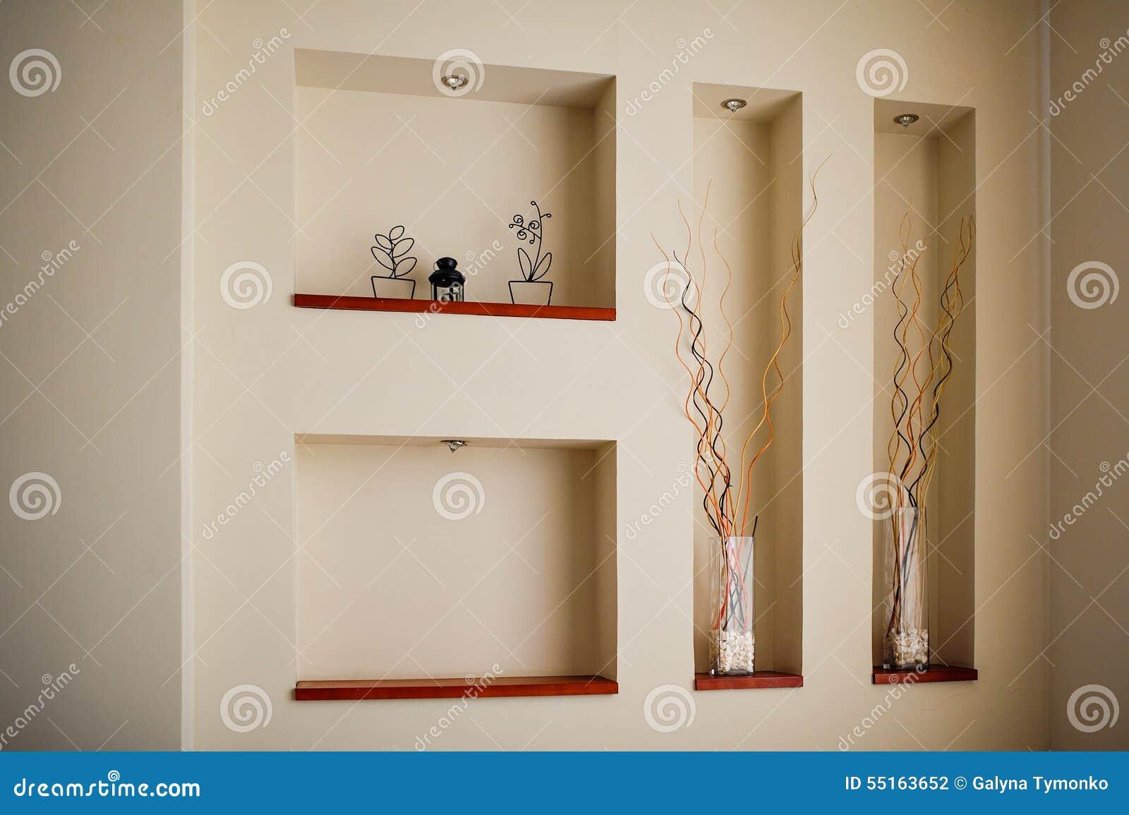 Mur dans une chambre avec des renfoncements pour la d coration photo stock - Faire une aeration dans un mur ...