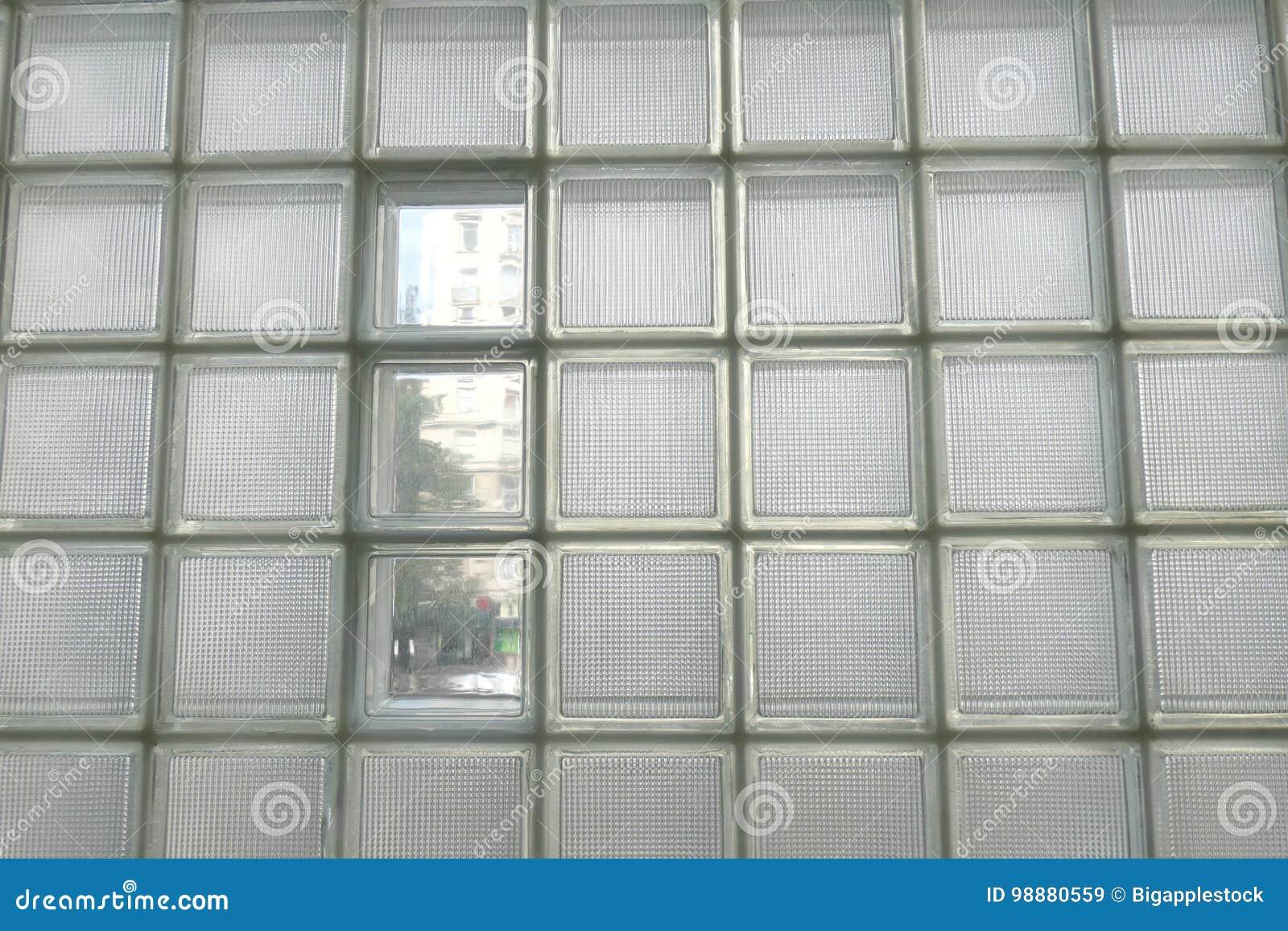 mur de bloc en verre image stock image du glace. Black Bedroom Furniture Sets. Home Design Ideas