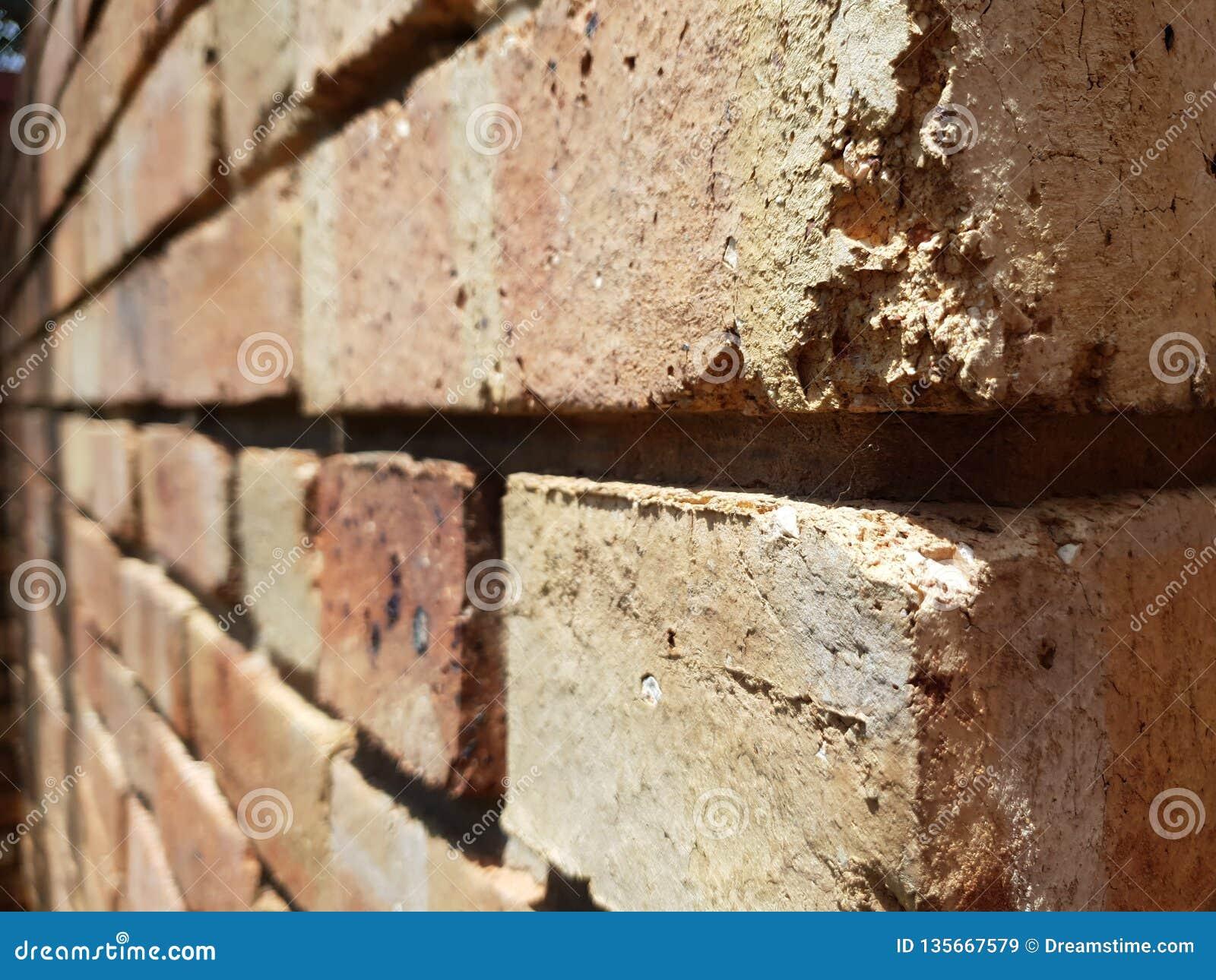 Mur de briques à l angle différent