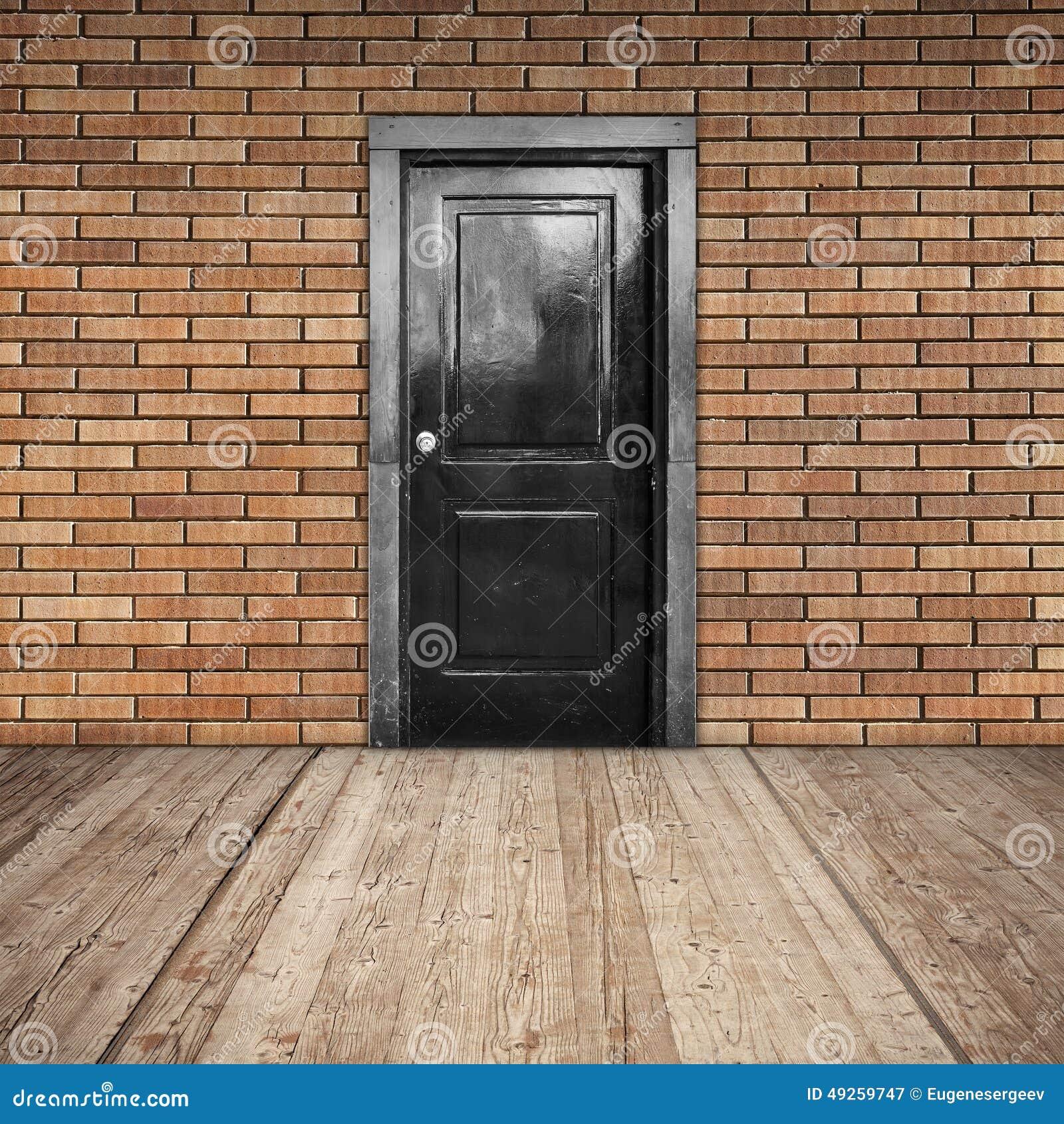 mur de briques rouge porte noire et plancher en bois image stock image du porte entrez 49259747. Black Bedroom Furniture Sets. Home Design Ideas