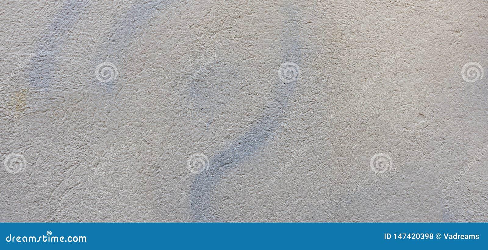 Mur De Deux Couleurs Avec La Nouvelle Peinture Blanche