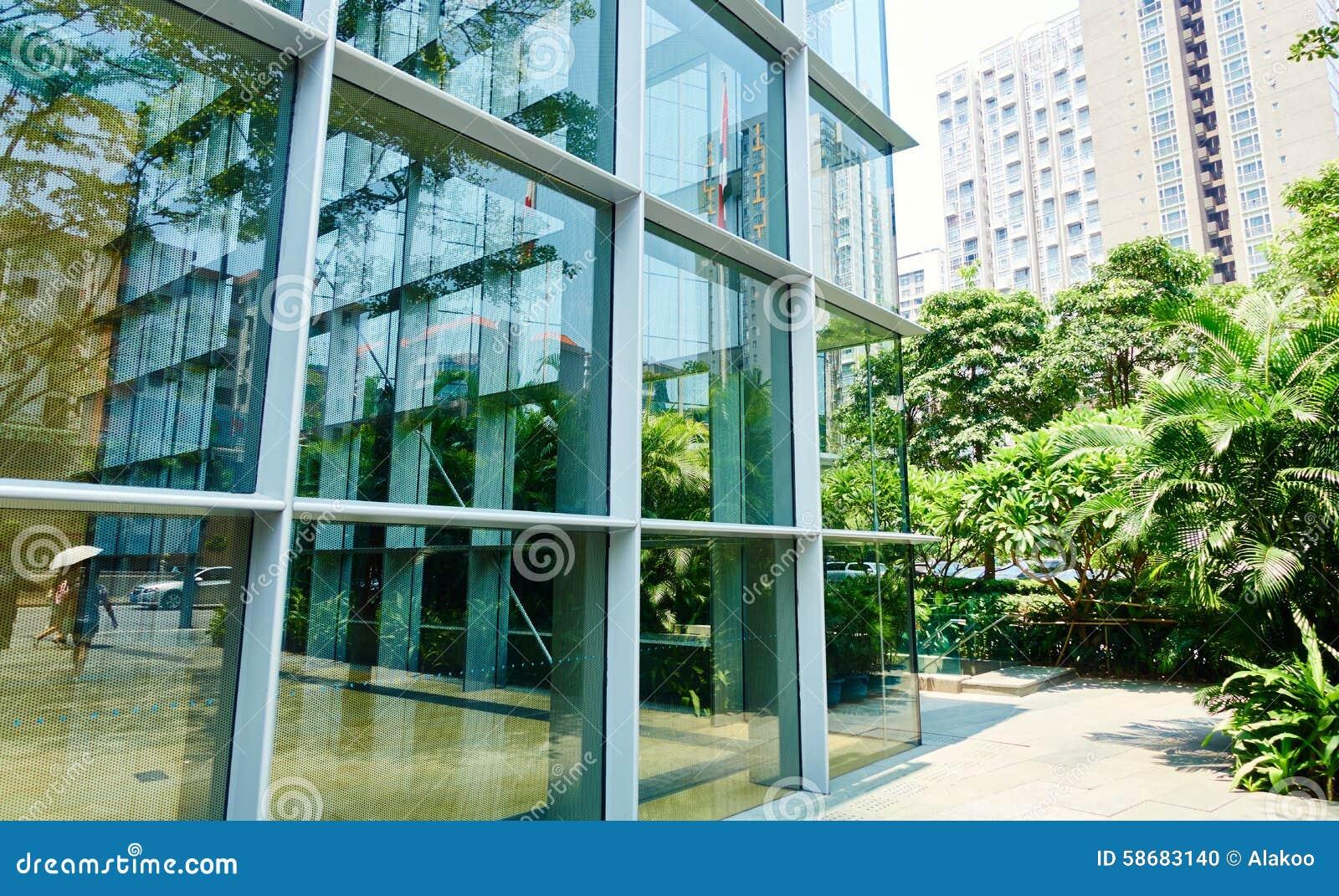 Salle de séjour de bureau moderne porte coulissante en verre de