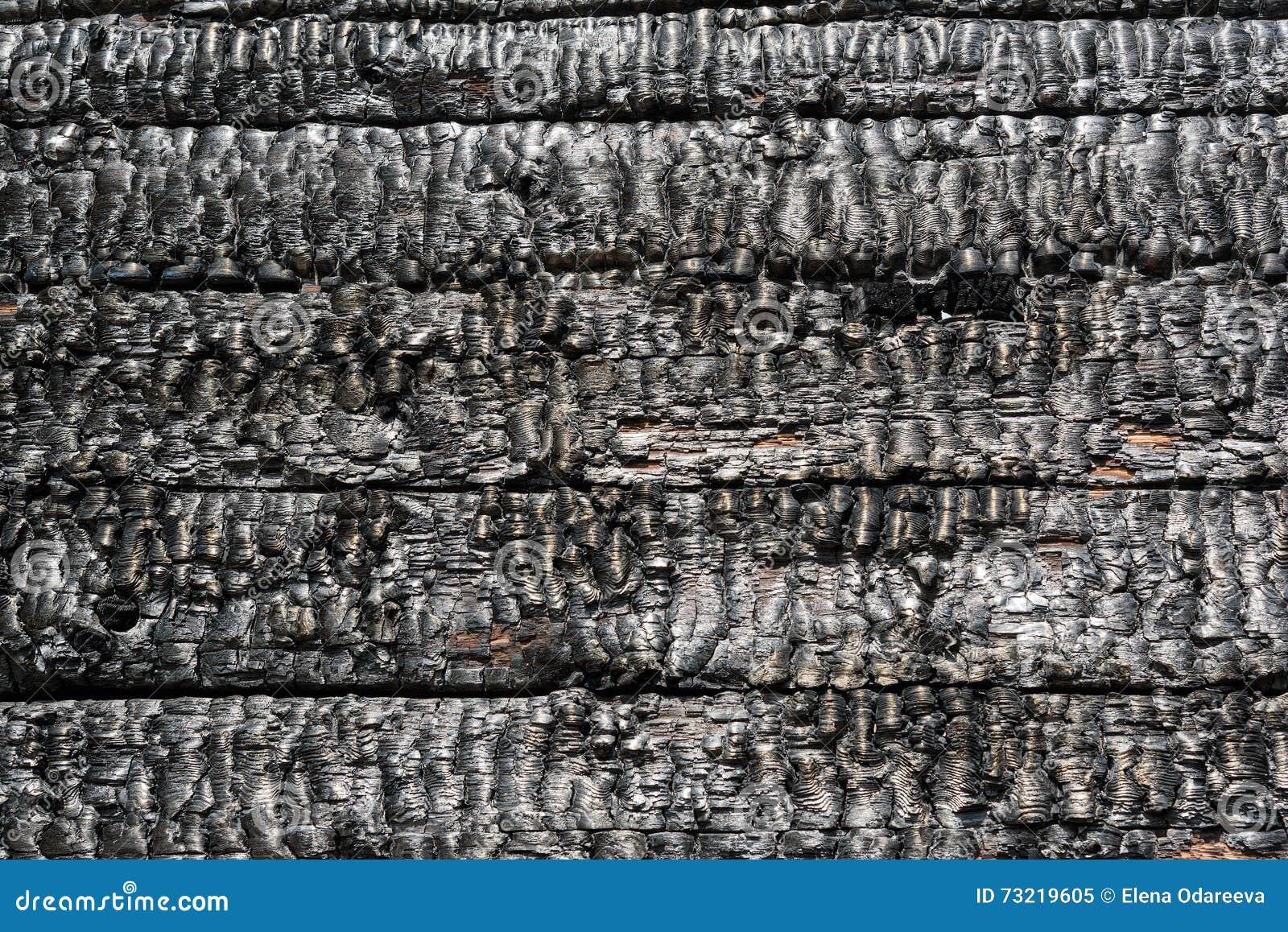 mur en bois br l image stock image du dommages panneau 73219605. Black Bedroom Furniture Sets. Home Design Ideas