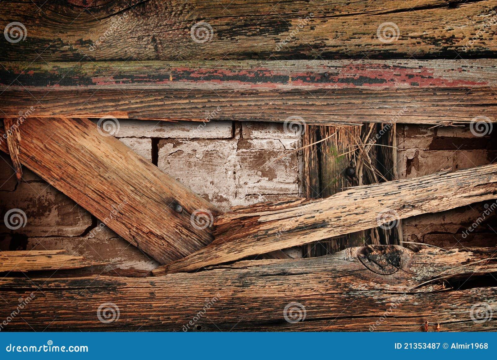 mur en bois cass photographie stock libre de droits. Black Bedroom Furniture Sets. Home Design Ideas