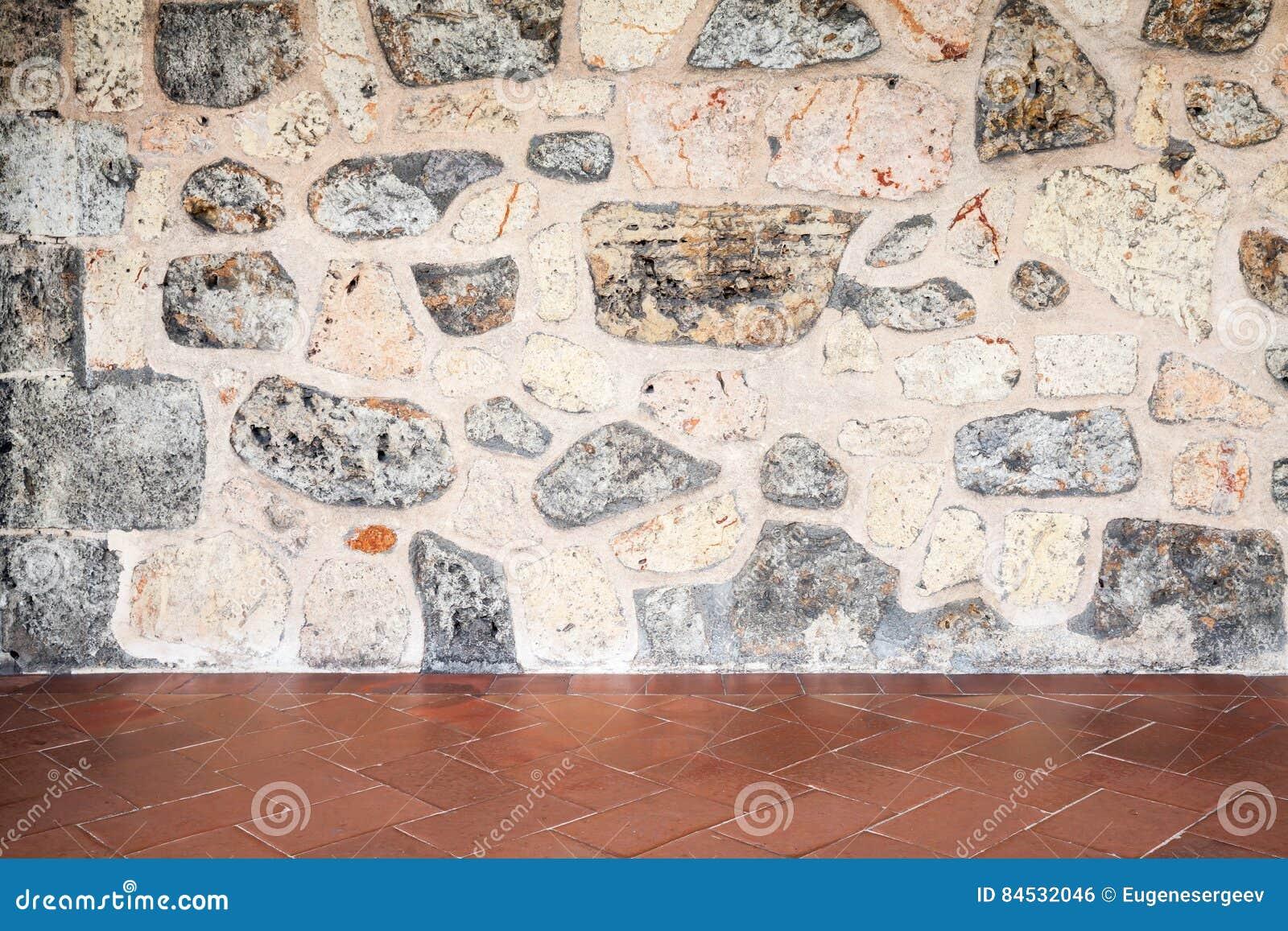 Fond Intérieur Abstrait, Mur En Pierre Gris Et Carrelage Rouge De Plancher