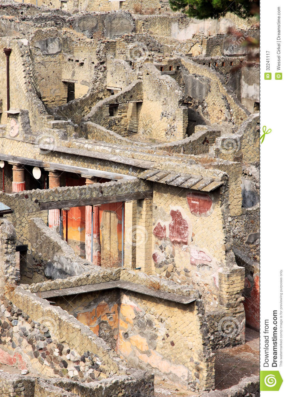 Murals in the ancient roman herculaneum italy royalty for Ancient roman mural