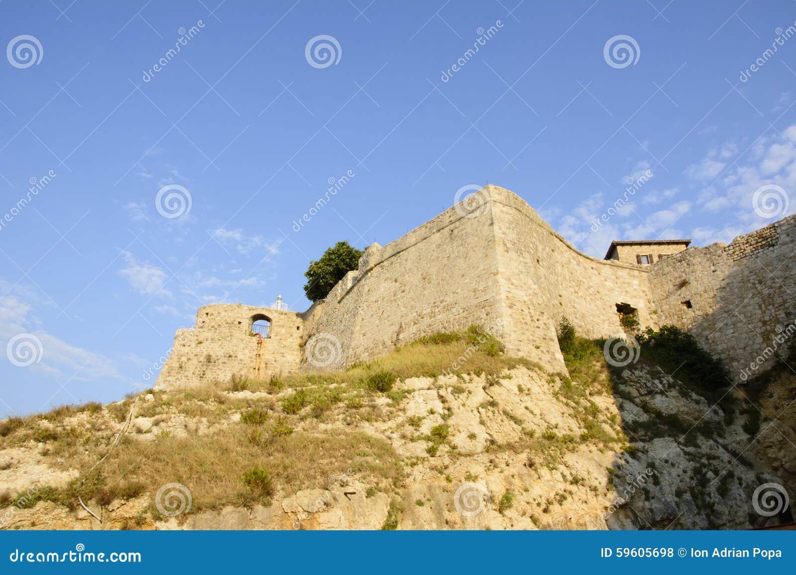 Murs de vieille ville d Ulcinj, Monténégro