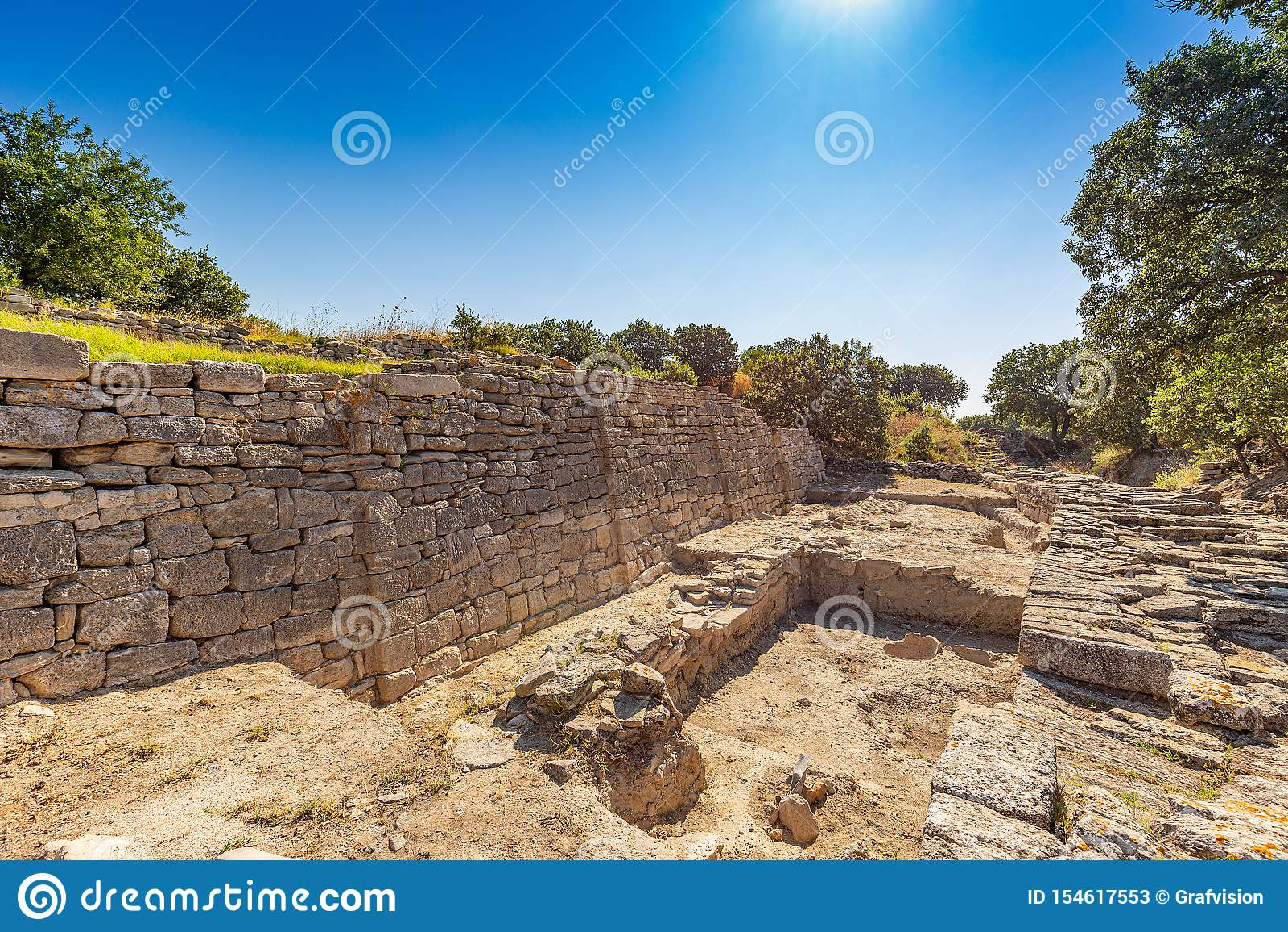 Murs de ville dans les ruines de Troie