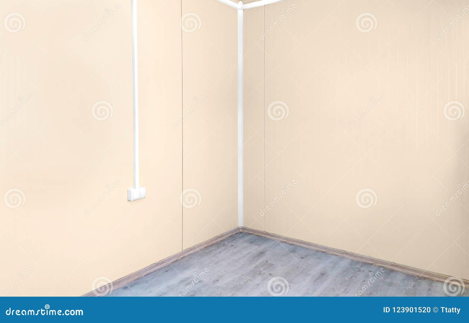 Murs vides de coin de pièce