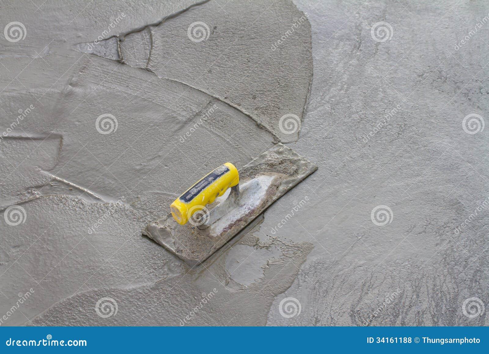 Murslev på ny betong på konstruktionsplats