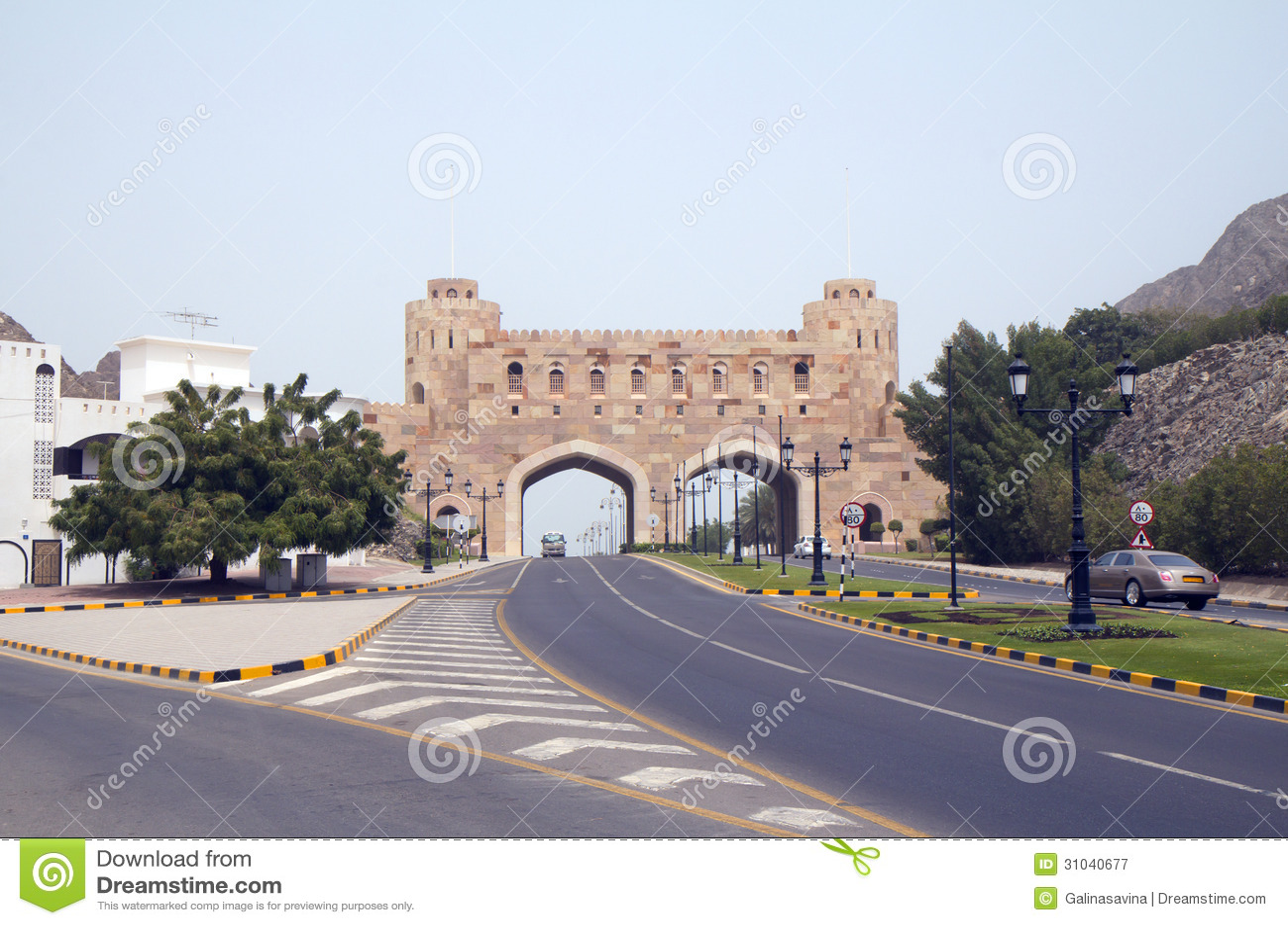 Muscat. Oman. Gamla stadsportar (XVI C.)