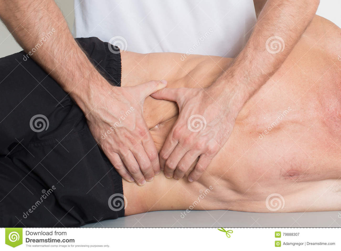 Muscle tissue massage