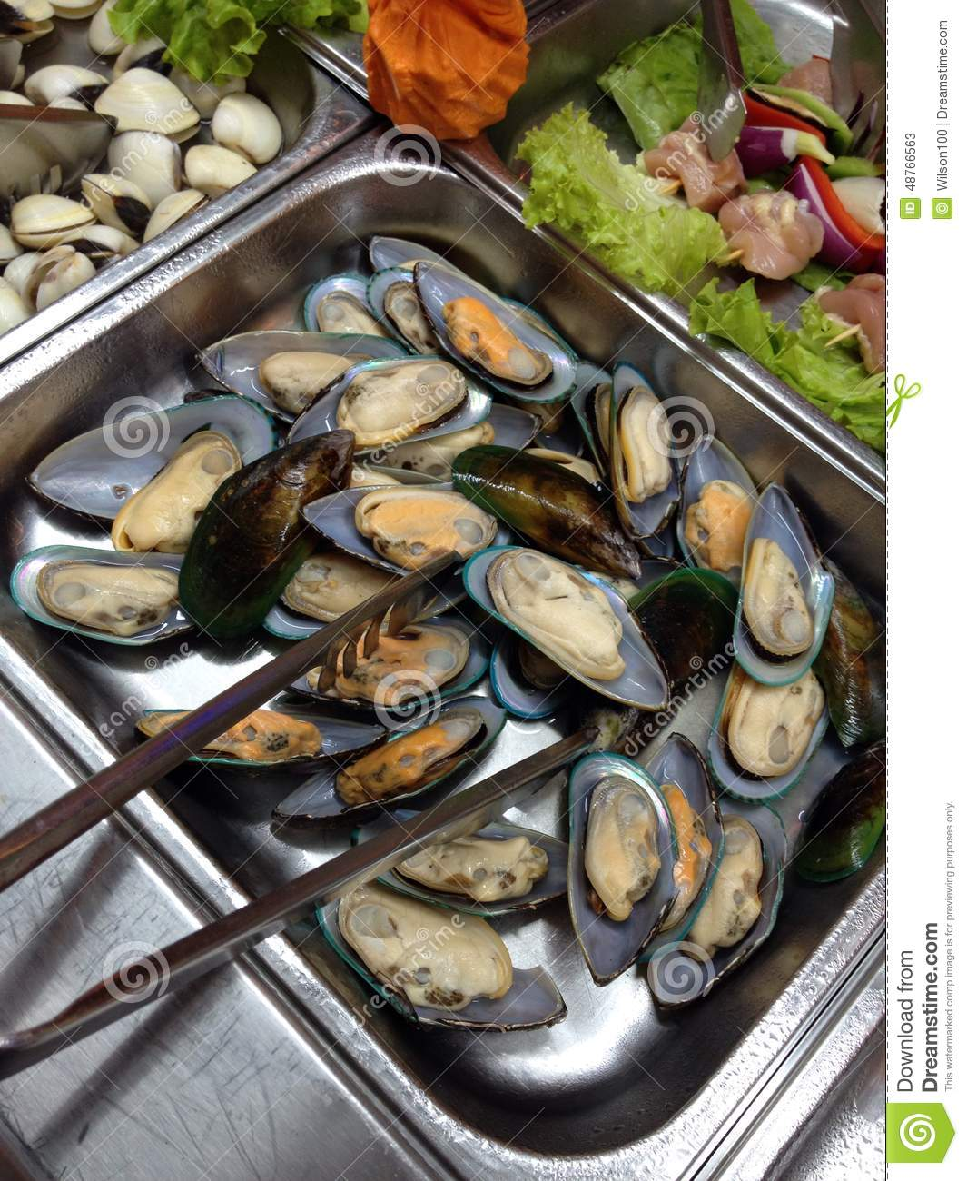 Mussels, white wine & parsley | BBC Good Food