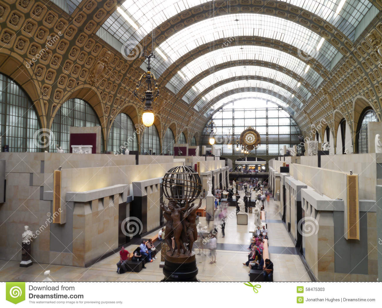 Musee d 39 orsay main hall and clock in paris france for Art and decoration france