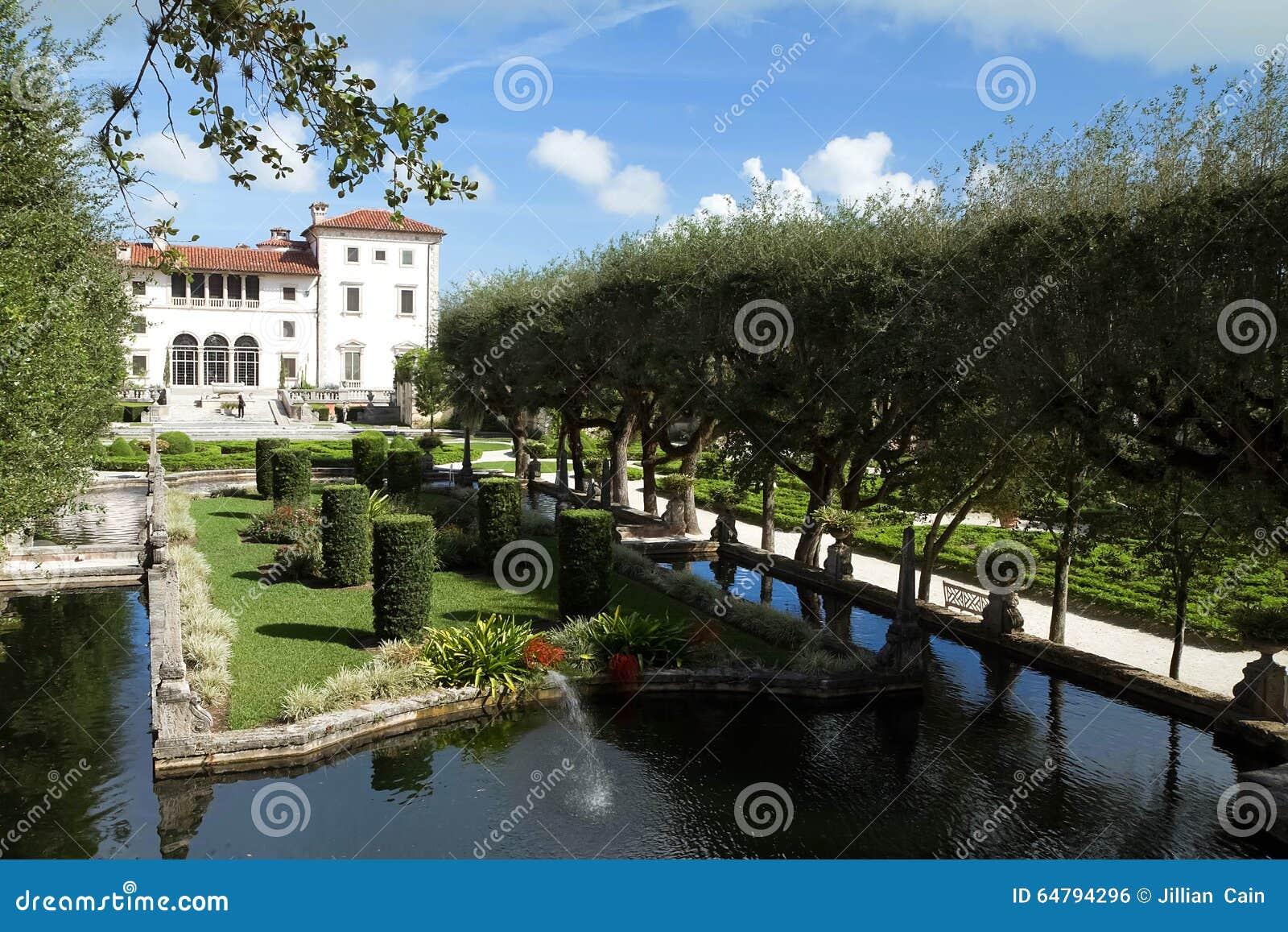 museo y jardines un chalet del y jardines de vizcaya situados en miami la florida los eeuu
