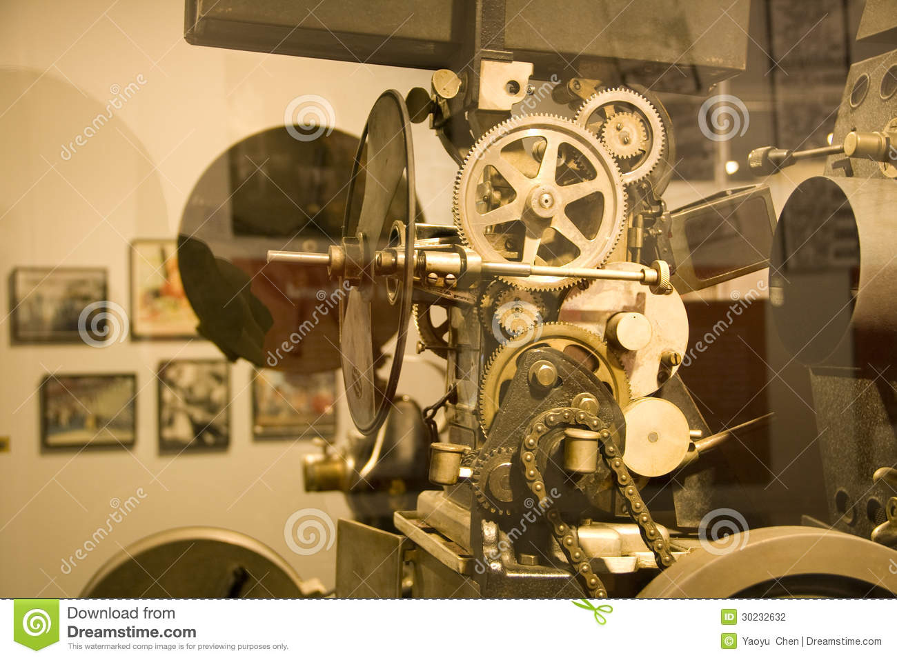 the movie exhibition industry History of the motion picture:  it was a kinetoscope exhibition in paris that inspired the lumière brothers,  the film industry was autonomous and unitary,.