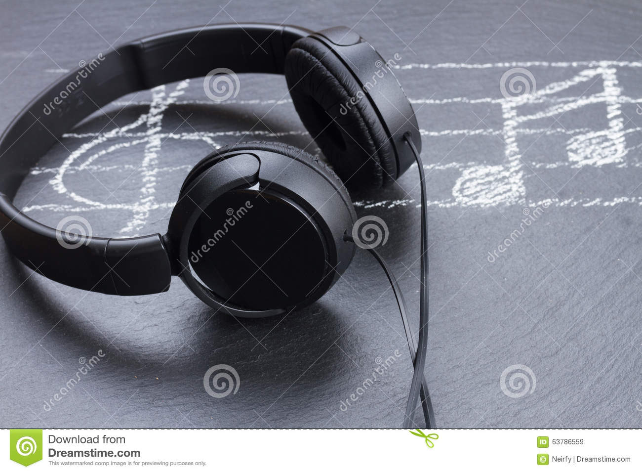 Headphones Music Notes: Music Notes With Headphones Royalty-Free Stock Photography