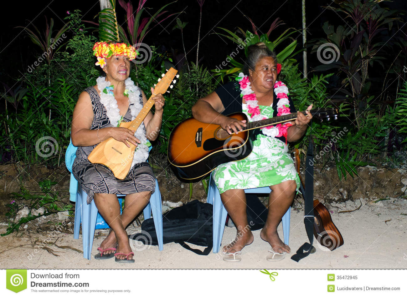 music of polynesian pacific island in aitutaki lagoon cook islan