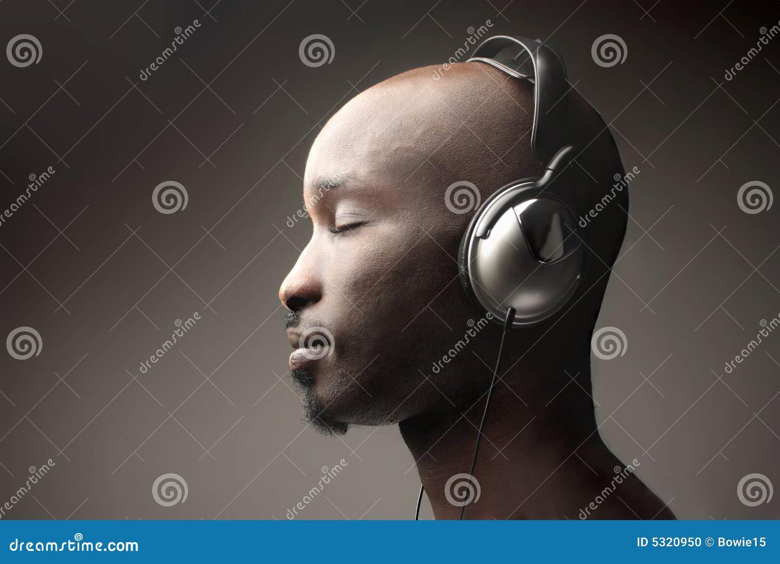 Download Musica fotografia stock. Immagine di africano, arte, testa - 5320950