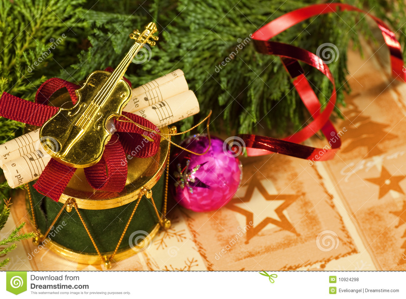 Violin christmas ornaments - Musical Christmas Ornament Macro