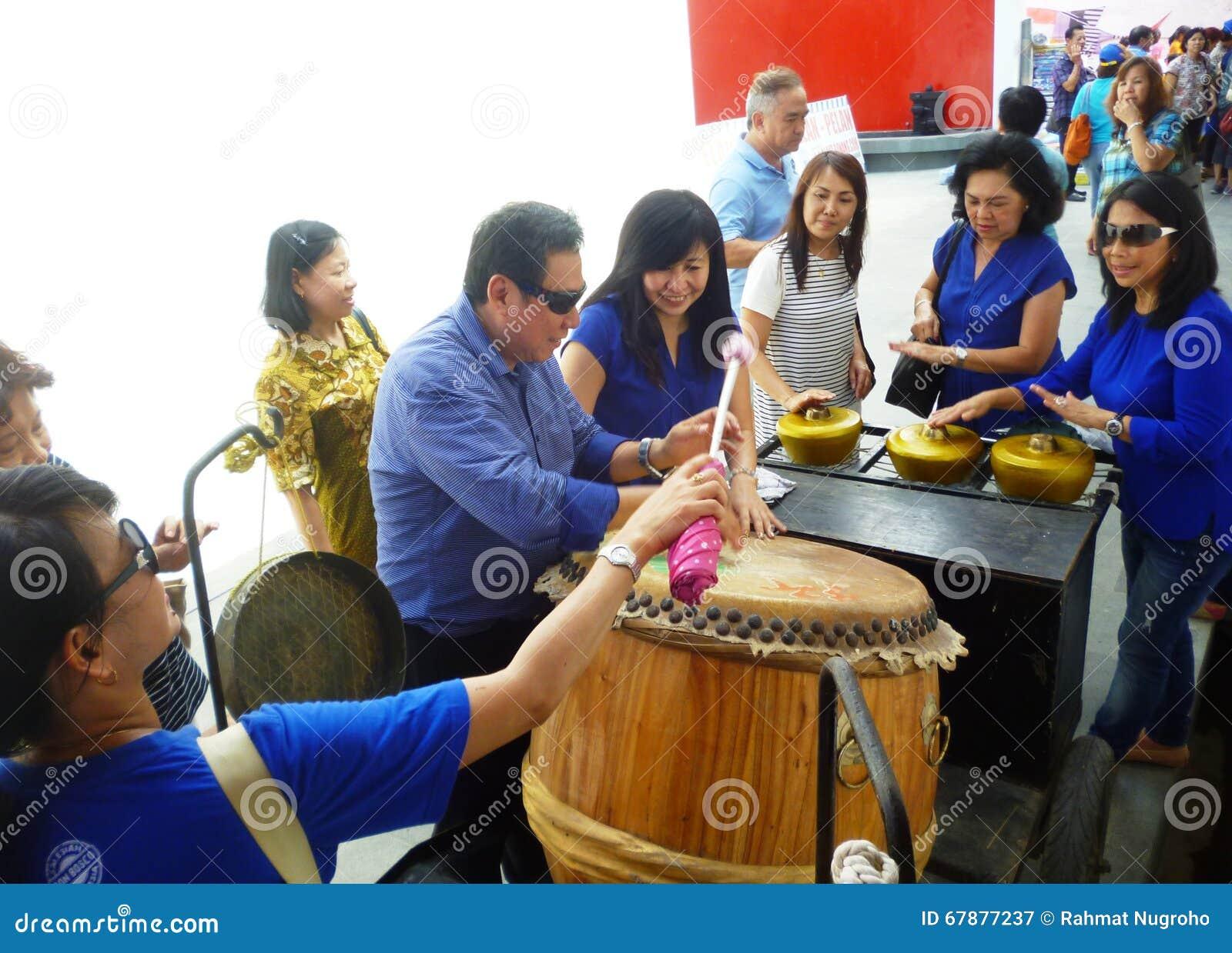 Musikinstrument på den Lasem kineskvarteret