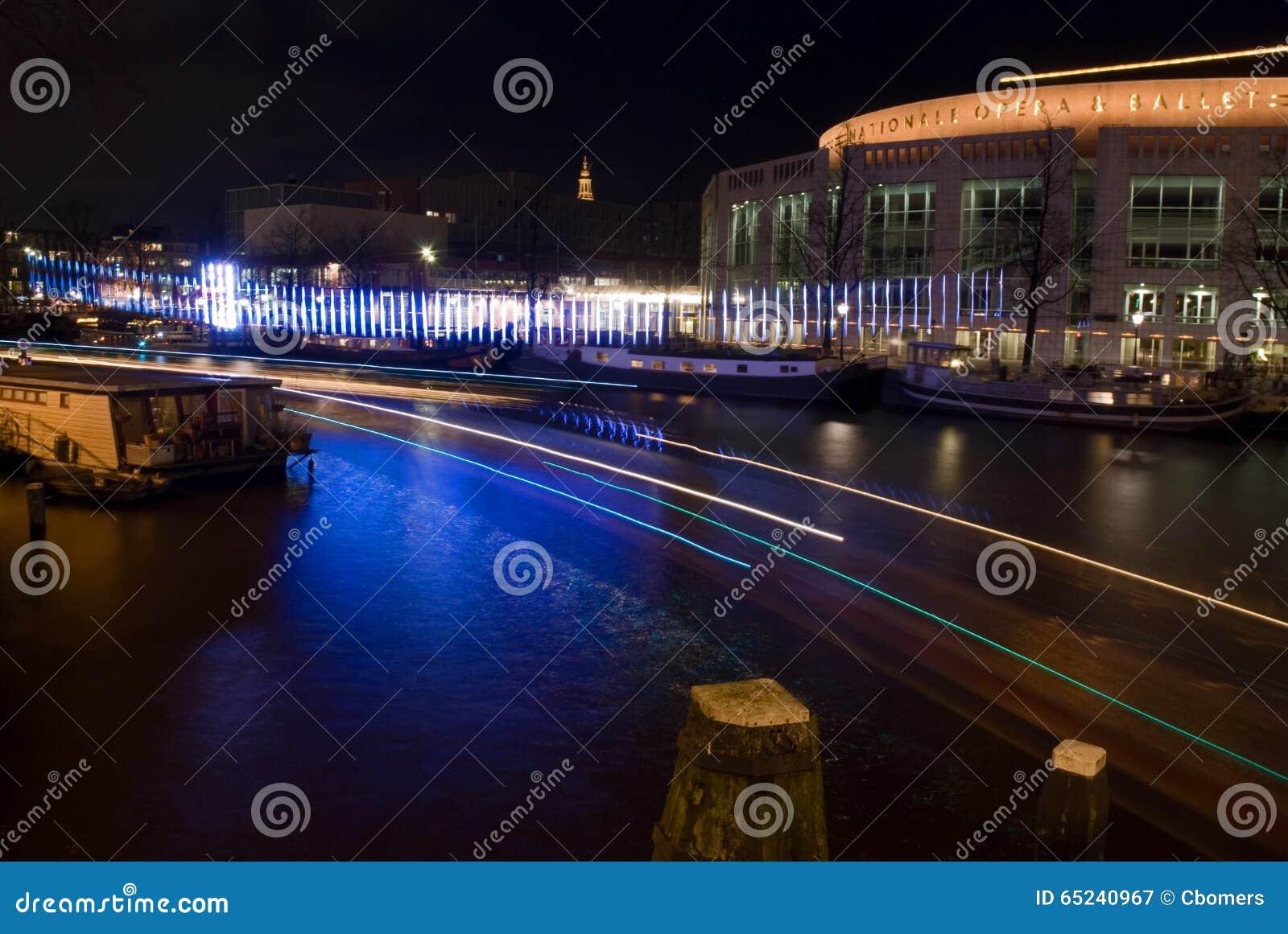 Licht Tour Amsterdam : Musiktheater am amsterdam licht festival redaktionelles