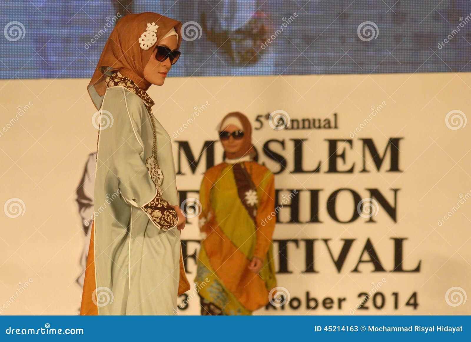 Muslim Fashion Festival 2014