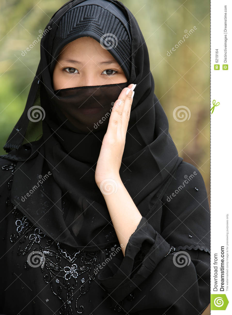 "varina muslim girl personals The guide to dating a muslim girl islam is in fashion while the word ""terrorism"" seems to be the first that comes to mind when you hear about muslims."