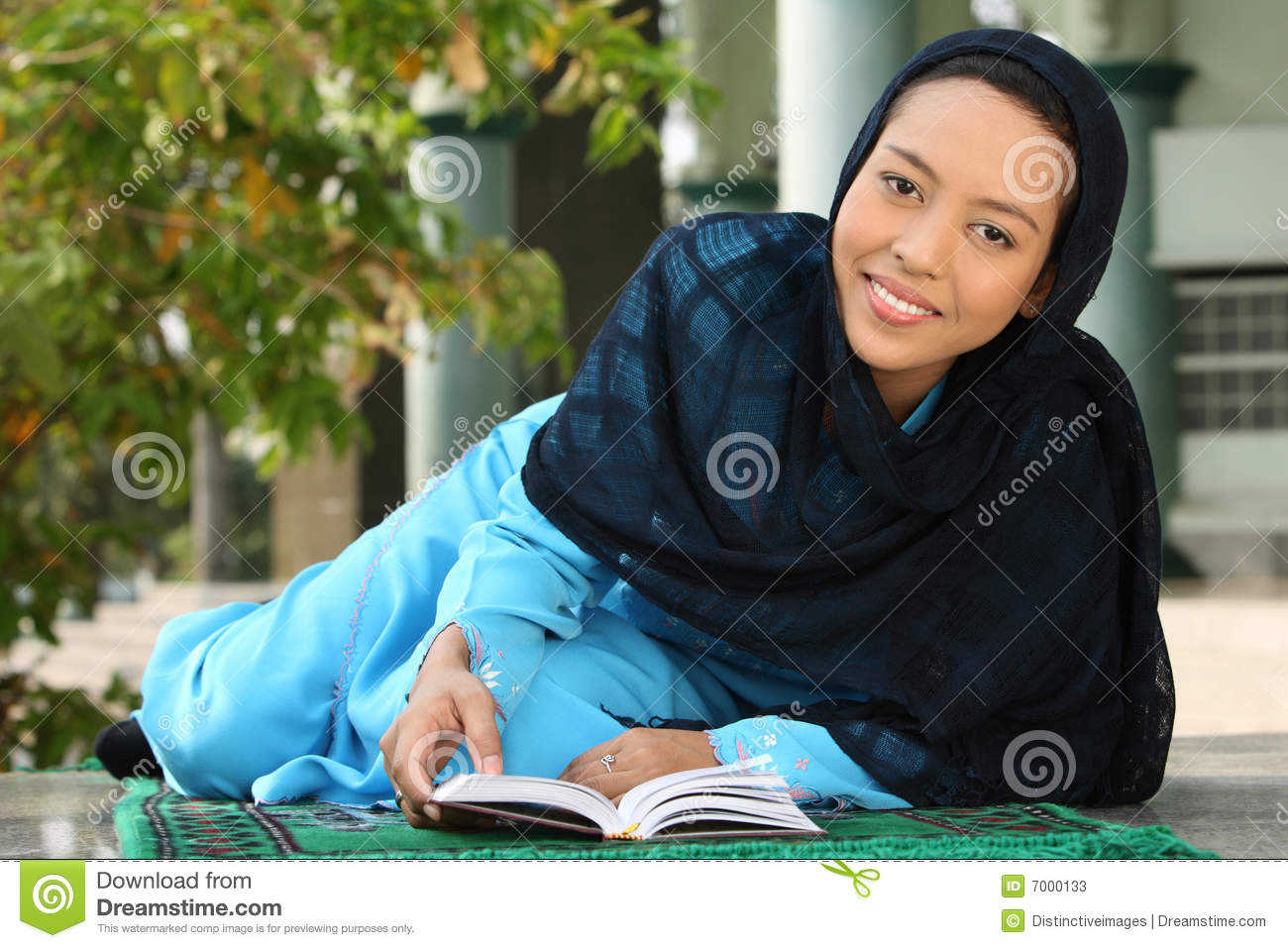 reading single muslim girls Reading's best 100% free muslim girls dating site meet thousands of single muslim women in reading with mingle2's free personal ads and chat rooms our network of muslim women in reading is the perfect place to make friends or find an muslim girlfriend in reading.