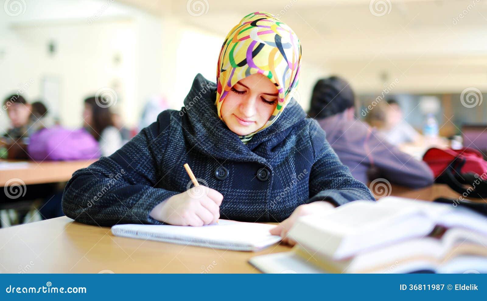 reading muslim girl personals Personals andhra pradesh women seeking men andhra pradesh nayana muslim girl kuktpaly for escot.