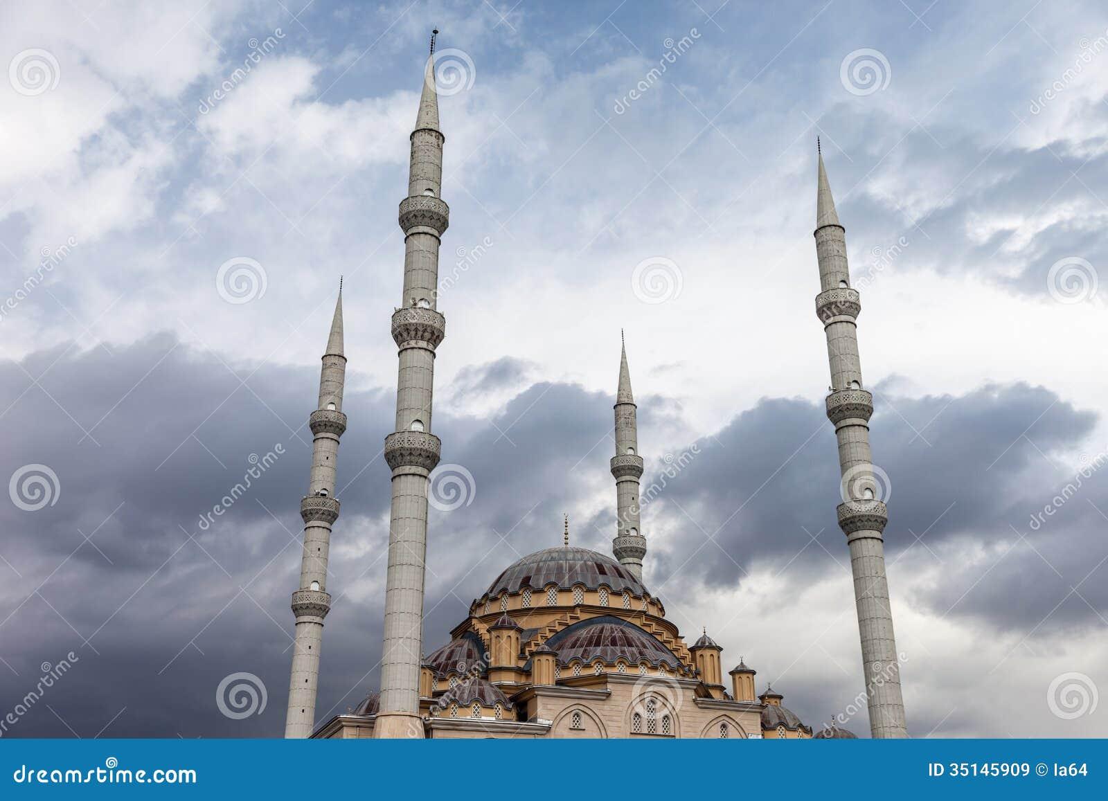 turkey city muslim Erdogan wants to restore the temple mount to muslim rule - erdogan's turkey intensifies involvement in gaza and jerusalem - pinhas inbari.