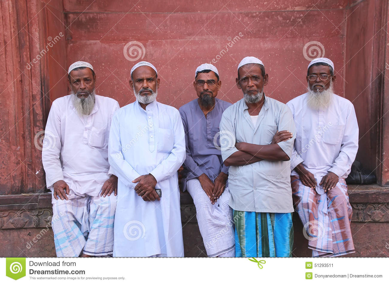 muslim single men in guy Seekershub answers  traditionally, islamic law makes allowances for interfaith marriages only in the case of a muslim man marrying a christian or jewish woman.