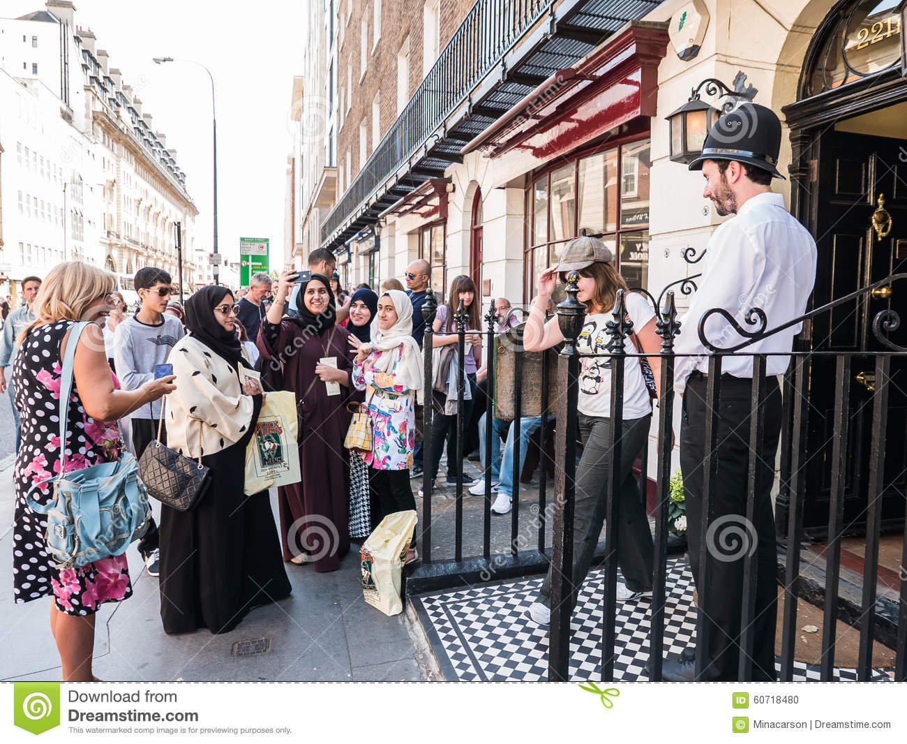holmes city muslim Daughters of tunis: women, family and networks in a muslim city posted on march 30, 2017 march 30, 2017 by brittneykraft daughters of tunis is an ethnography written by paula holmes-eber.