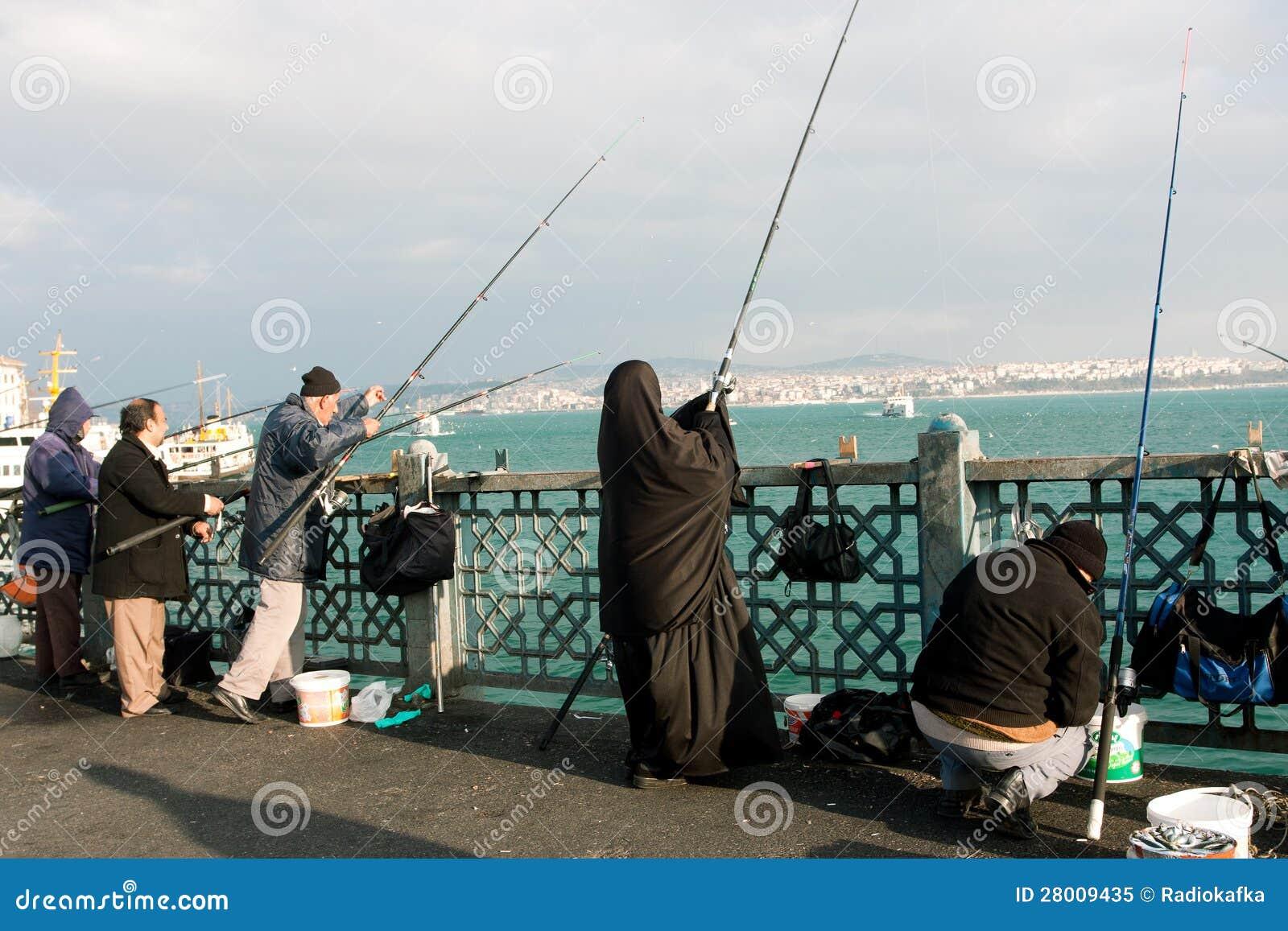 black river muslim Shia river 希亚河 shia sea 冒着波浪 to shia contract 装运合同的货物 black muslim (美国)黑人穆斯林运动的成员。 muslim culture 伊斯兰文化 伊斯文化.