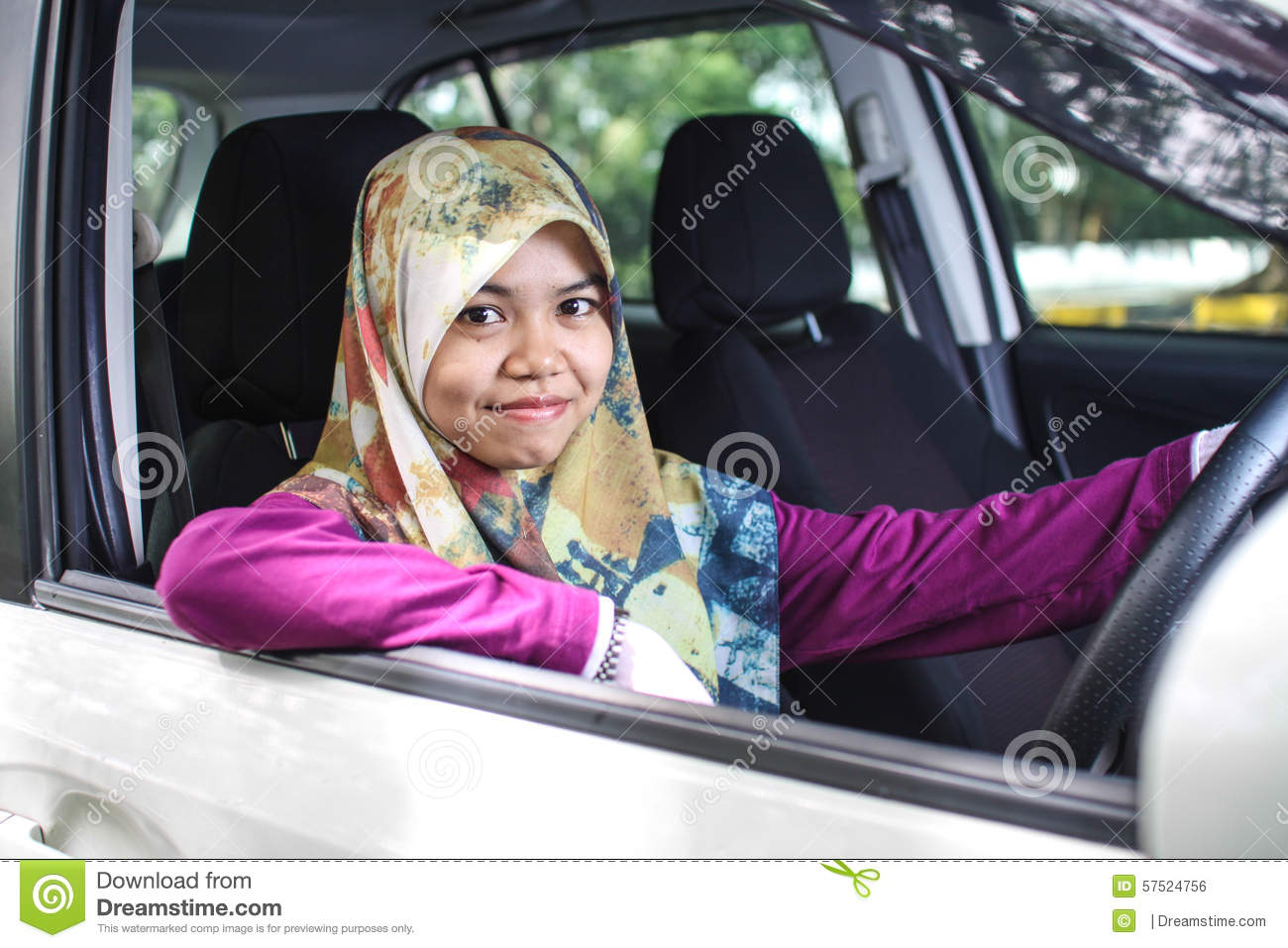 auto single muslim girls Auto racing boxing golf outdoors  you're seeing muslim legislators in the  and our constitution which empower and inspire me to serve every single .