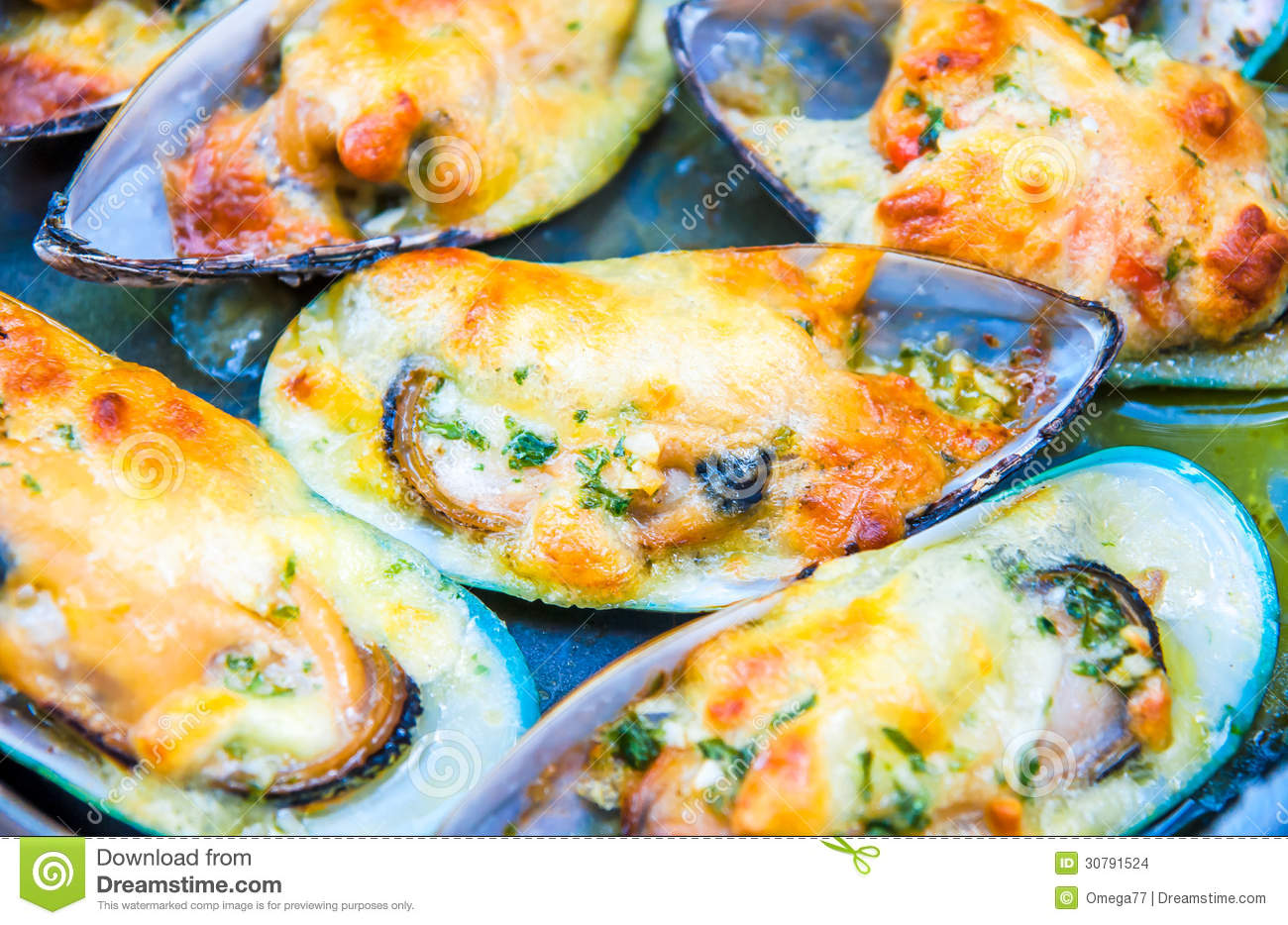 Mussels Cream Cheese Sauce Stock Images - Image: 30791524