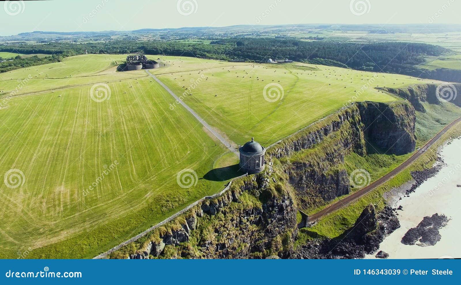 Mussenden-Tempel und absch?ssiger Demesne Coleraine Co Derry Northern Ireland