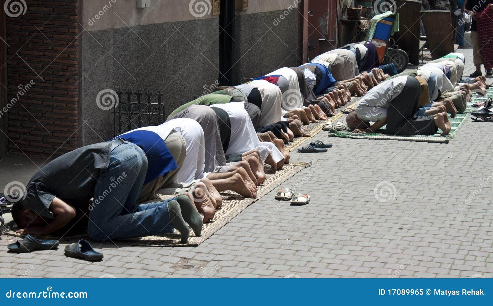 Musulmanes de rogación