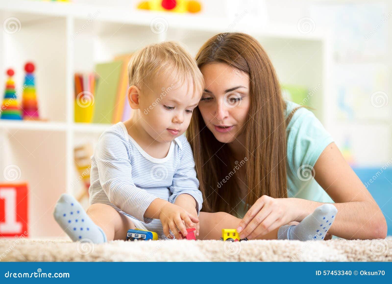 Sb Mit Mutter Zusammen