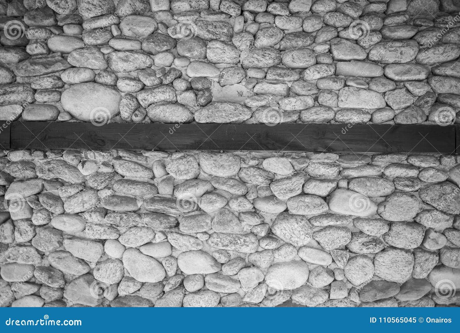 Stenen Muur Wit : Muur van stenen in zwarte een wit stock afbeelding afbeelding