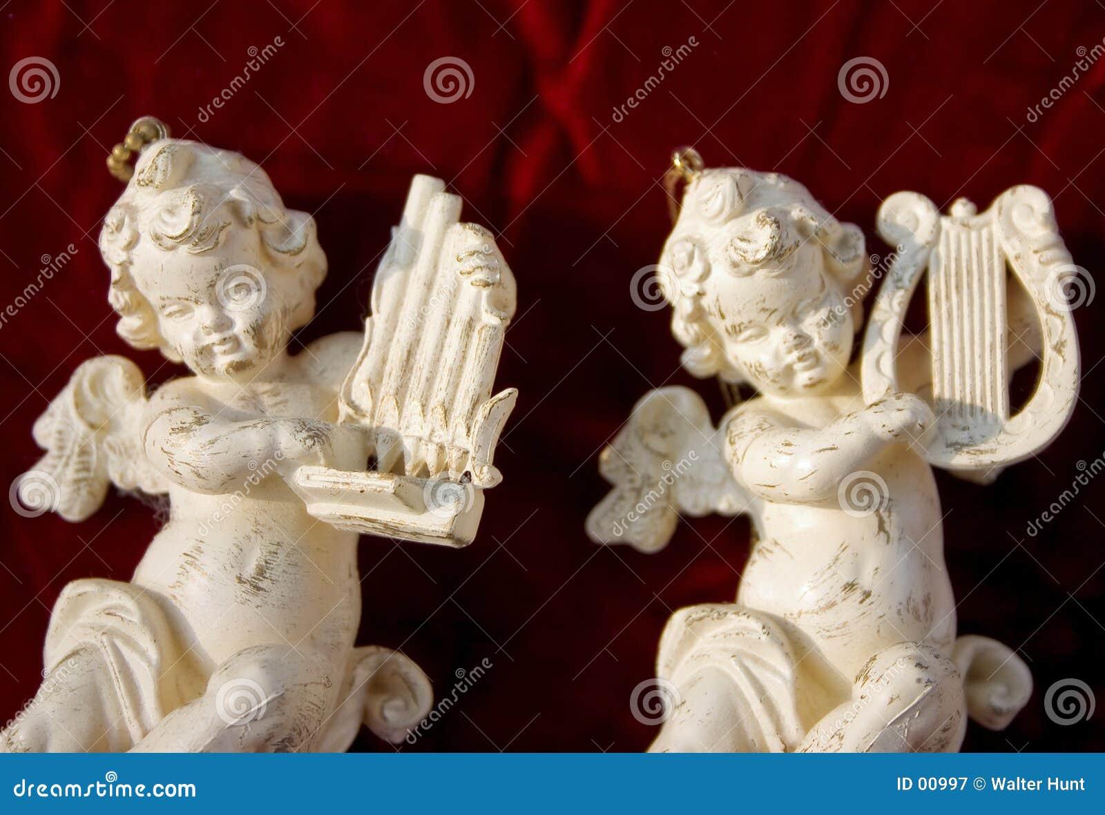 Muzycy aniołeczków białe