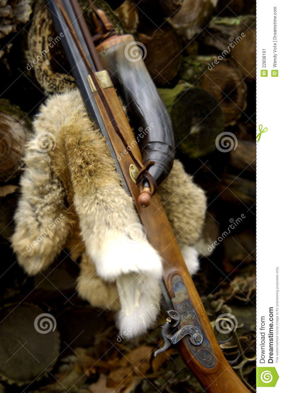 Muzzleloader With Powder Horn Stock Image - Image of battle