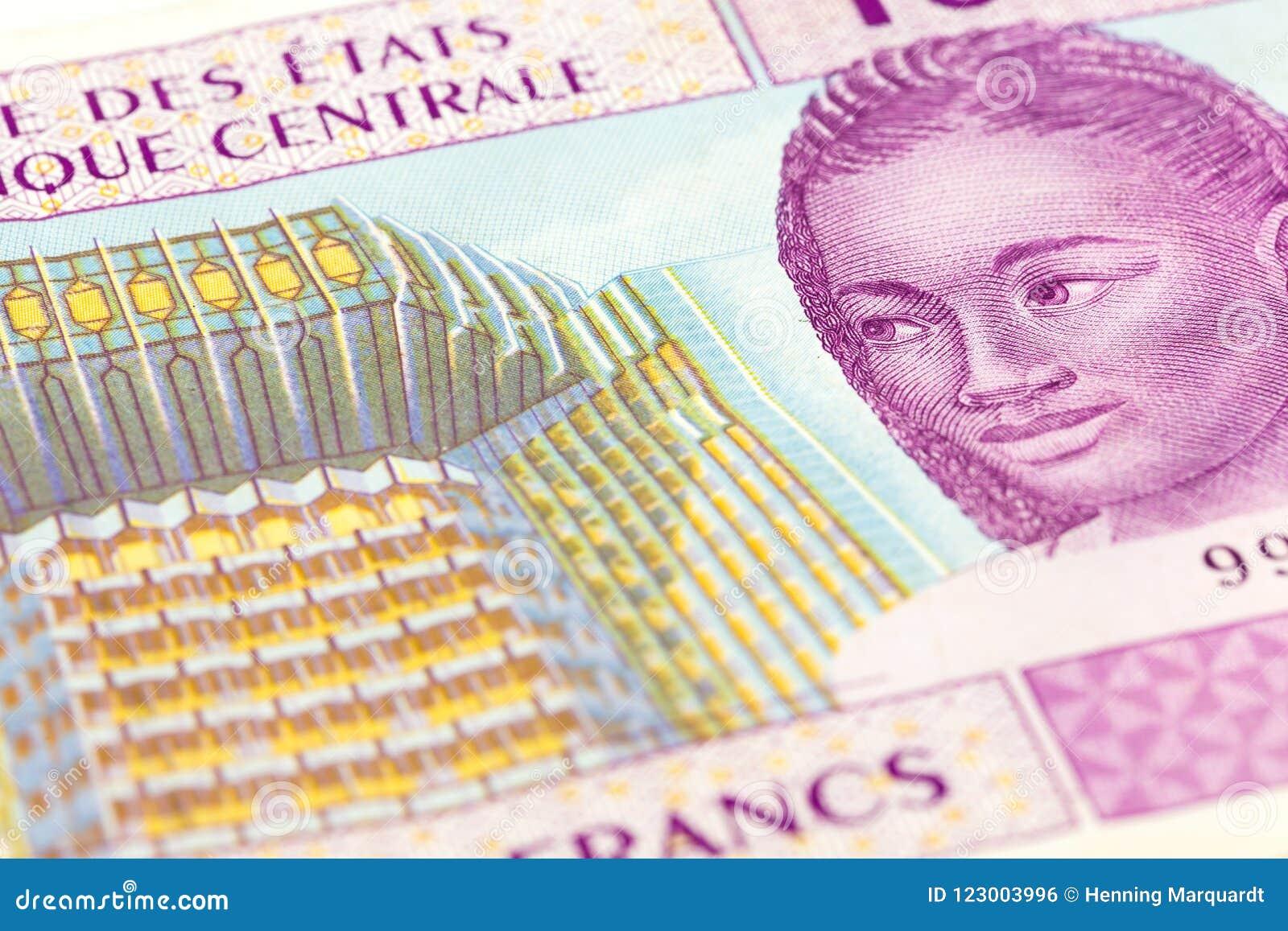 Närbild av för afrikanCFA för singel 10000 en central sedel för franc