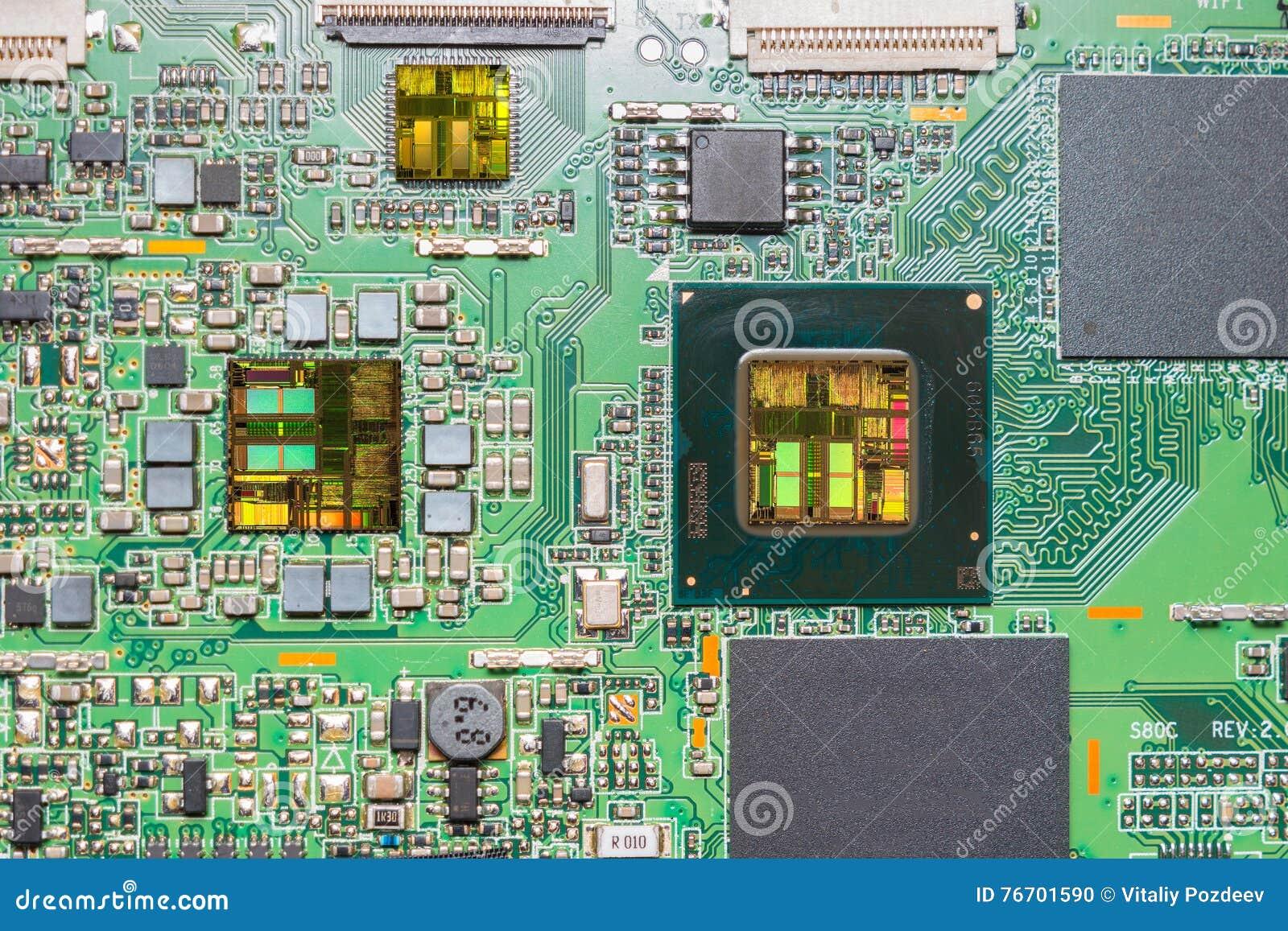 Närbild på en CPU-mikrochipsintrig