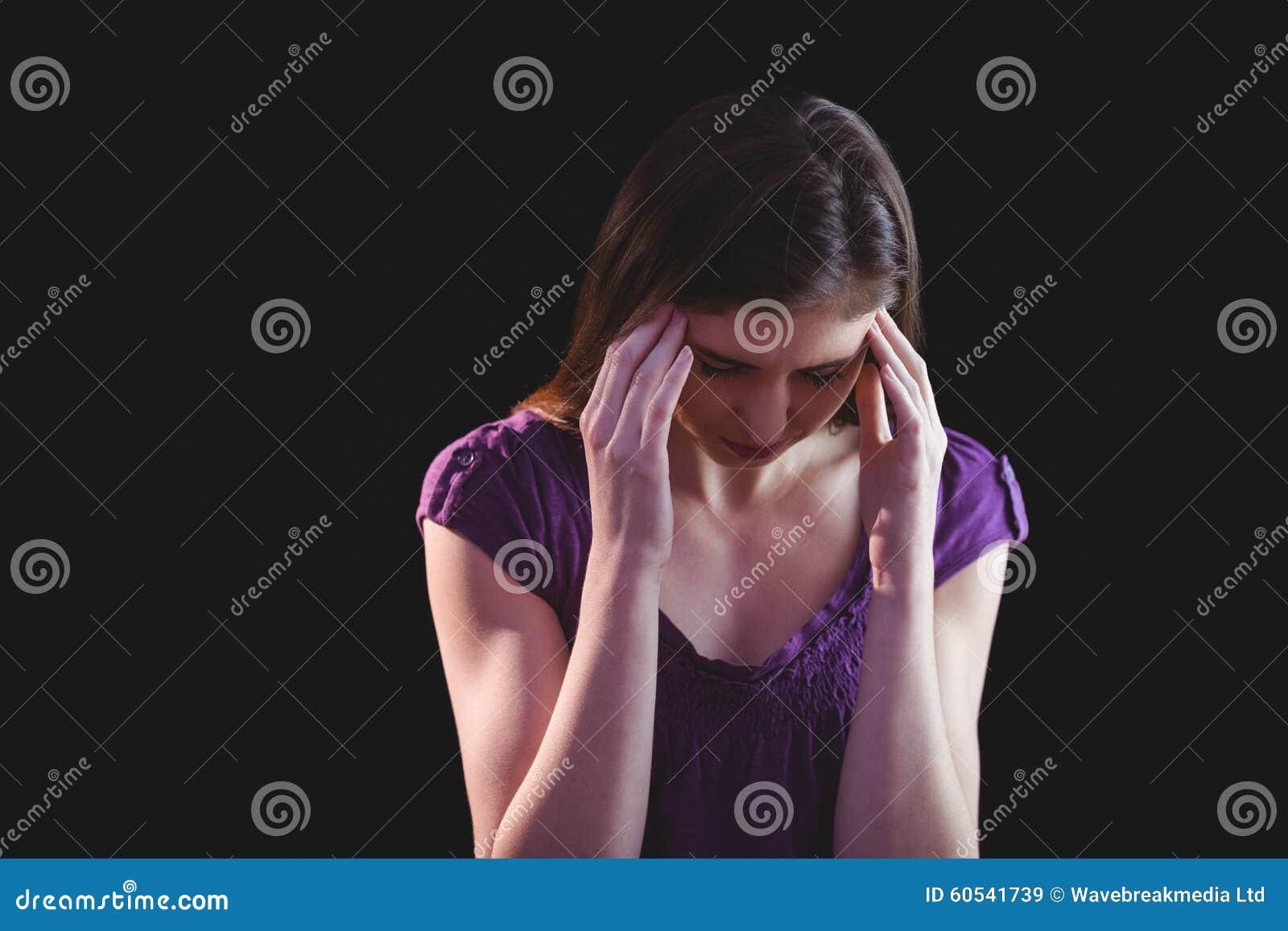 Nätt kvinna få huvudvärker