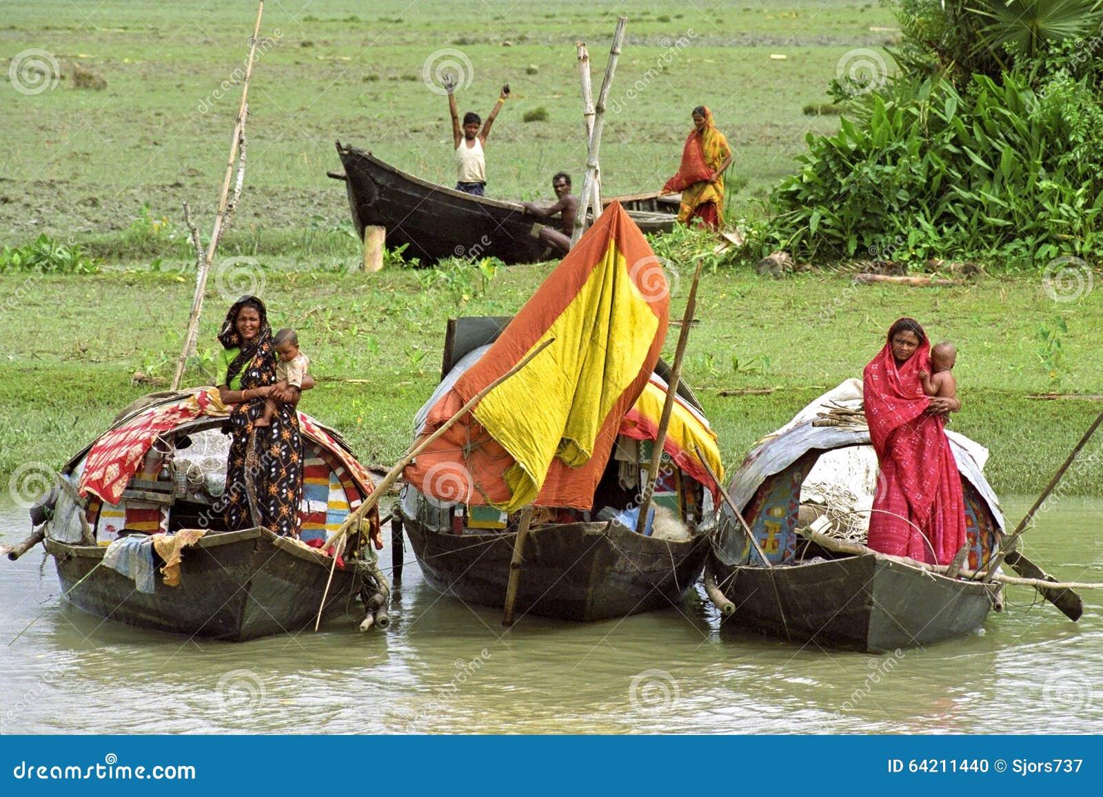Nómadas en sus casas flotantes, Bangladesh del río